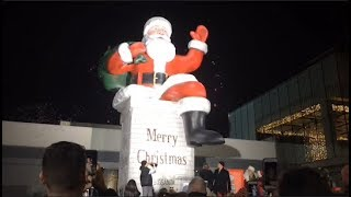 Big Santa lights up Garden State Plaza after 30-year absence