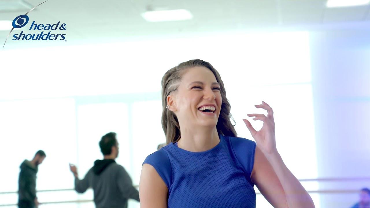 Head Shoulders Serenay Sarıkaya Nın Yer Aldığı Yeni Reklam Filmi Ile Kalıpları Kırıyor Youtube