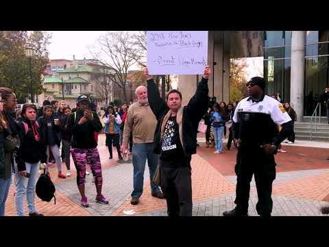 "Man yells ""N-word"" toward police and students at VCU"
