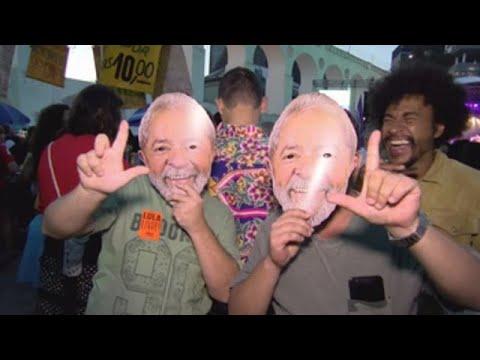Un festival reúne a una multitud en Río para pedir la libertad de Lula