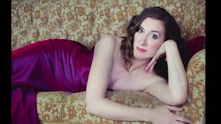 Emily Hindrichs, soprano - Deh vieni, non tardar (Le Nozze di Figaro) - LIVE