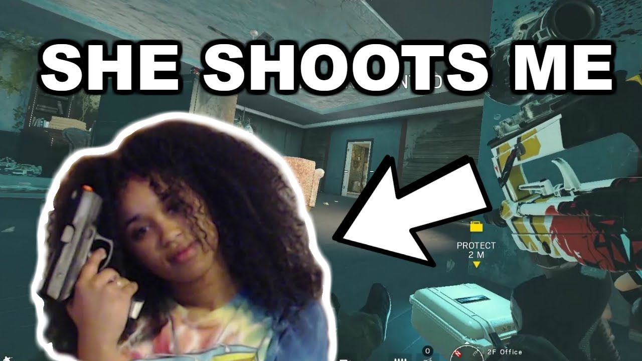 My Girlfriend SHOOTS me every time I die    - Rainbow Six Siege