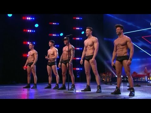 Sexy SixxPaxx-mannen strippen er op los  - HOLLAND'S GOT TALENT