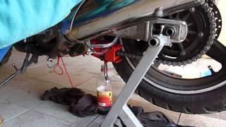 KettenMax pomůcka pro motocyklové řetězy