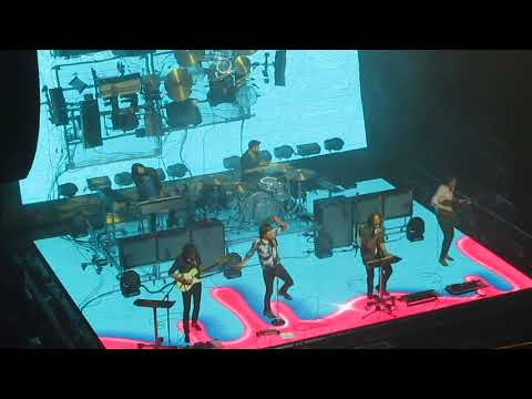 "Phoenix performs ""Fior Di Latte"" live at The Strand in Providence, RI on October 18, 2017"