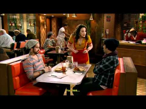 2 Broke Girls - 1x01 - Pilot - Opening scene