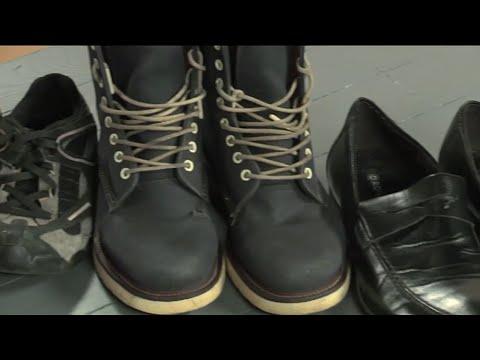 Как легко почистить обувь изнутри | Ранок з Україною