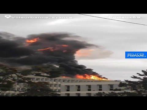 شاهد: انفجار قوي في جامعة في ليون الفرنسية سببته أسطوانات غاز…  - نشر قبل 3 ساعة