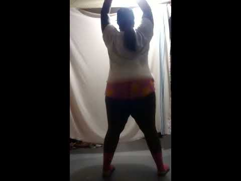 BIG GIRL TWERK