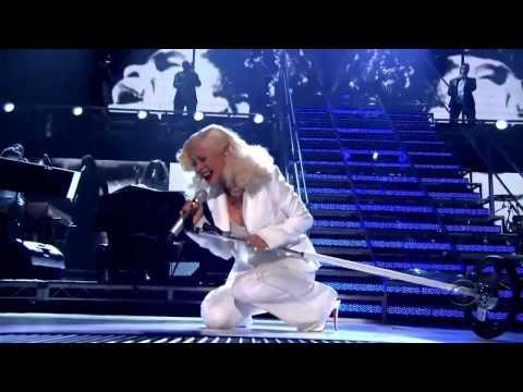 If Katy Perry hits Christina Aguilera's notes