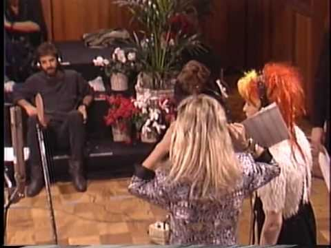 Cyndi Lauper Solo Recording We R the World 1985