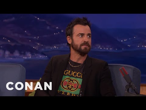 Justin Theroux Can't Stand Men In Shorts & Flip Flops   CONAN on TBS