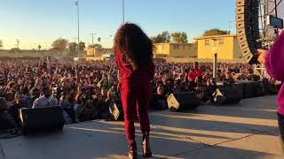 Sza sings at TDE X-Mas concert