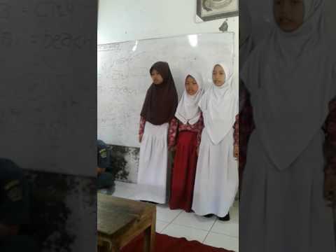 Wahidun 'satu' tampilan siswi Madrsah Islamiyah Miftahul Ulum Margasari sodari syiffa dkk