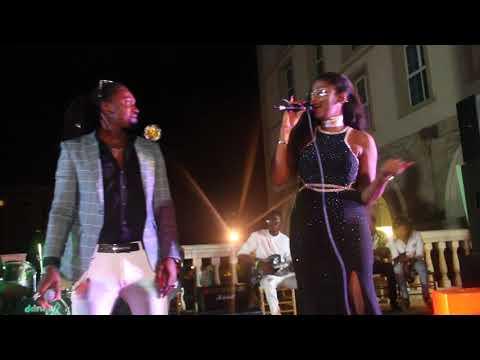 Guinée Show : Azaya Et Djely Kaba Bintou Sur Scène !