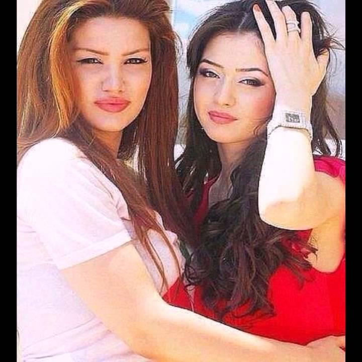 Сексуалные кавказские девушки