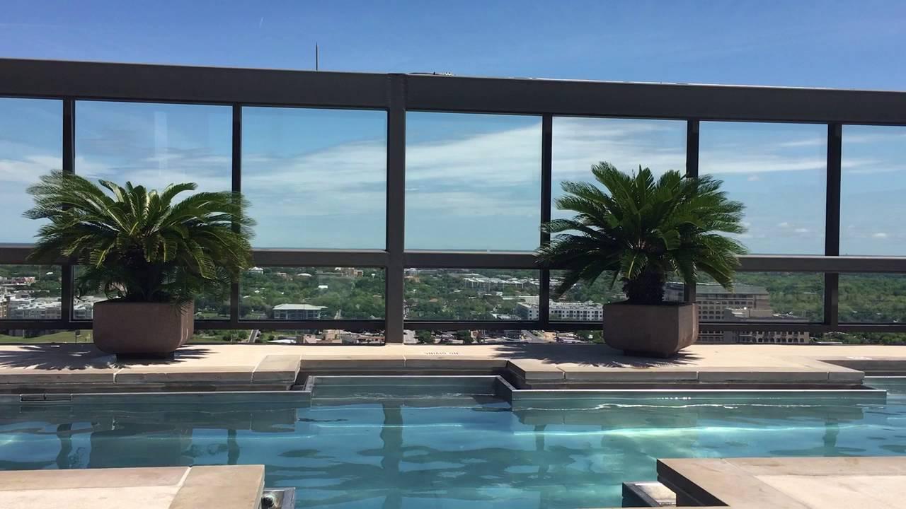 Omni Hotel Rooftop Pool Austin Tx Youtube