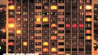 The Streets - Mike Skinner and Crispy - All Got Our Runnins