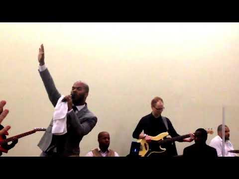 Grateful - J.J. Hairston & Youthful Praise Live