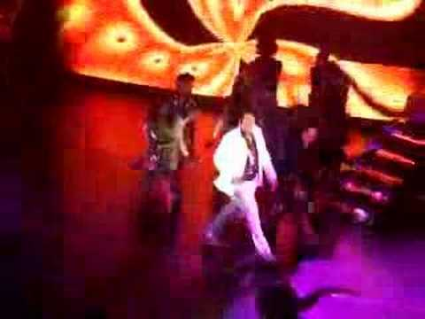 Michael Jackson Thriller musical (dont stop till you get eno