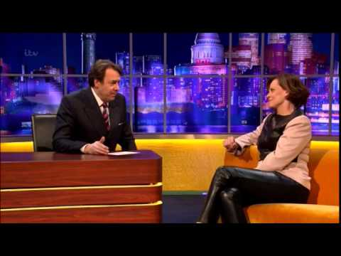 Sigourney Weaver Interview On The Jonathan Ross Show - YouTube