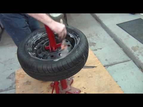 How to mount and balance a car tire yourself