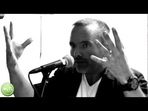 Chris Tomlin: White Flag