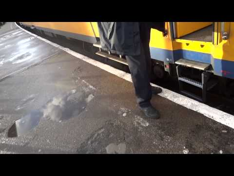 Train Ticket Machine Netherlands Travel By Trains Holland Station Easy Tips Travel How To Guide