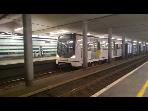 MX3000 action at Jernbanetorget May 16 2016 / Oslo metro