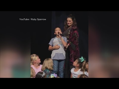 Idina Menzel blown away by 11-year-old boy's show-stopping 'Let It Go' performance