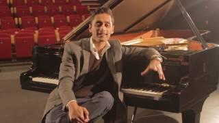 Meet Dutch-Sarnami pianist & vocalist Steven Bissesar (2014)
