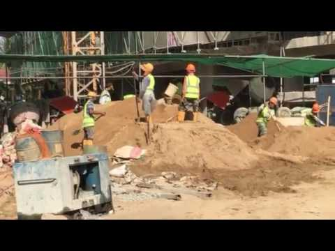 Sand excavation by hand