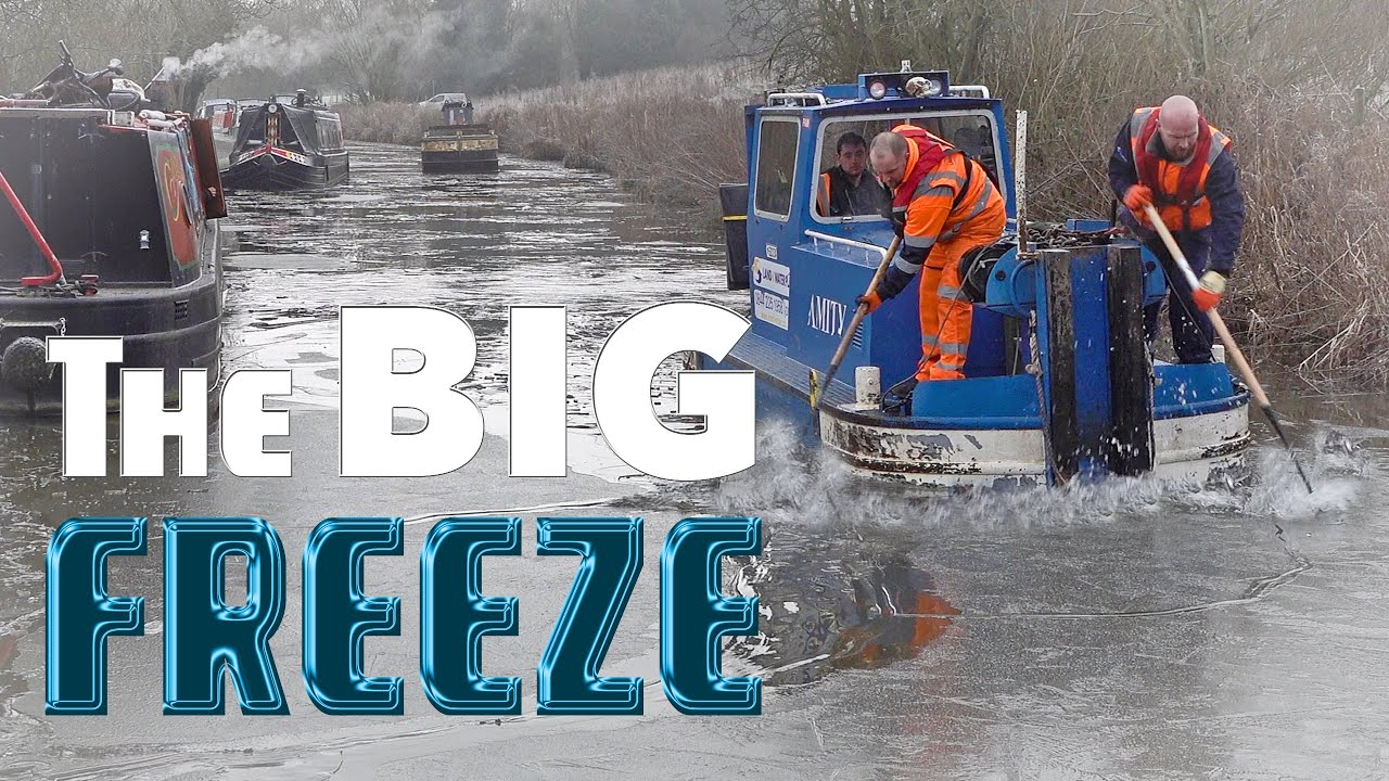 How to Survive the FREEZING Winter on a Narrowboat