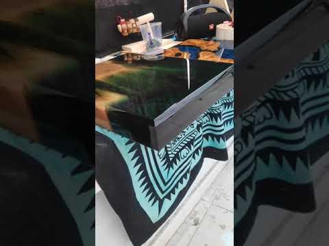 Green Epoxy resi Side table top - Agartha Workshop - ETSY