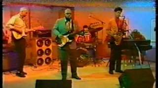 "The Hippos - ""One More Heartache"". Live on ""Good Morning Australia"". April 1987"