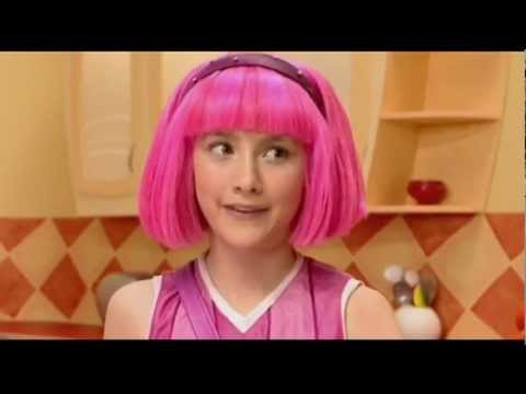 "LazyTown - ""The Tra La La Song (One Banana, Two Banana)"" Liz Phair Stephanie Julianna Fanvid"