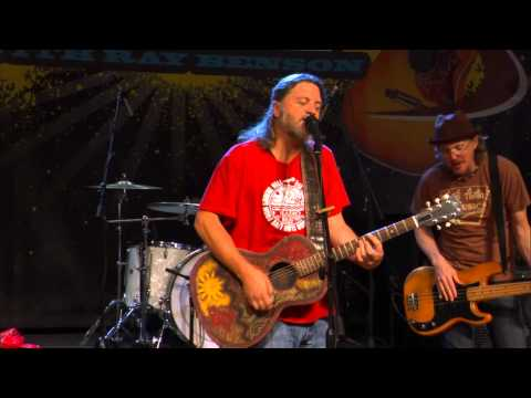 "Walt Wilkins Performs ""King For A Day"" on The Texas Music Scene"