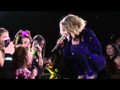 Beyonce Sings