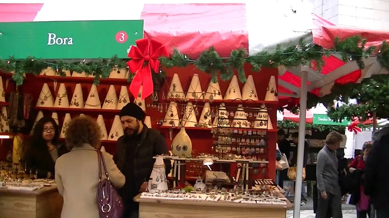 Christmas Market NYC Columbus Circle December 2011 - YouTube