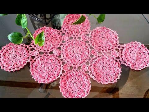 Camino de mesa cuadros en crochet 2 doovi - Camino de mesa elegante en crochet ...