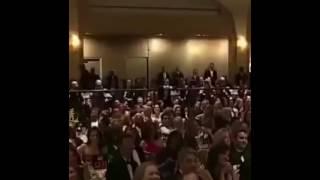 أوباما يرقص على إيقاع الشعبي المغربي