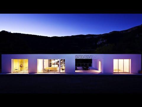 Sublime Minimalist Modern Contemporary Luxury Residence in Lodève, France (by Artelabo Architecture)