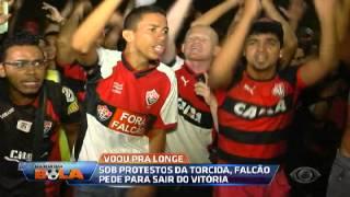 Os Donos da Bola - Torcida do Vitória faz protesto em frente ao Barradão