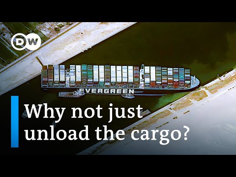 Stranded cargo ship in Suez Canal could 'take weeks' to free | DW News