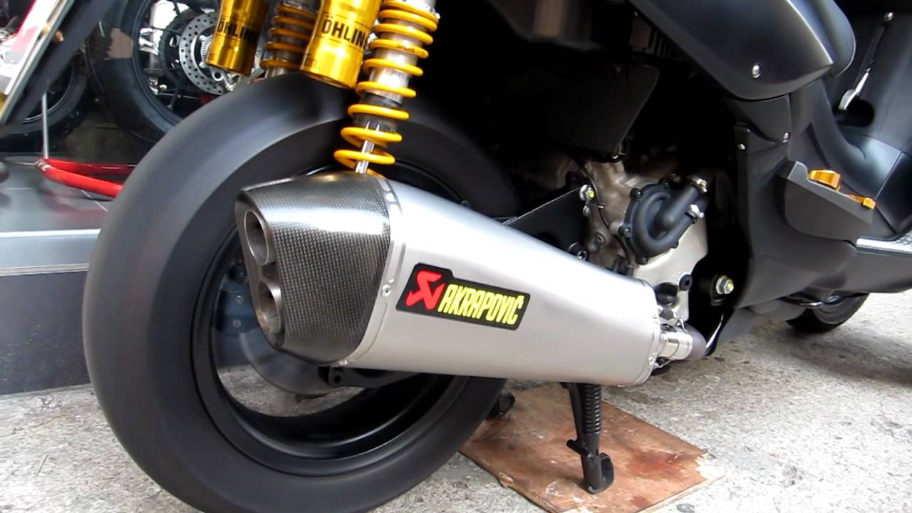 akrapovic gilera fuoco 500 slip on by youtube. Black Bedroom Furniture Sets. Home Design Ideas