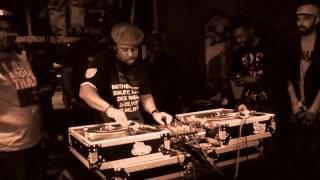 DJ Spinna Beat Juggling at Fresh 45s Dallas