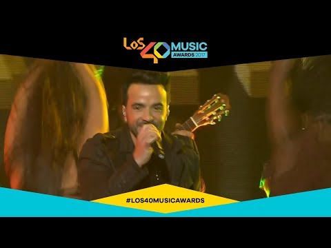 Luis Fonsi canta 'Despacito' en LOS40 Music Awards 2017