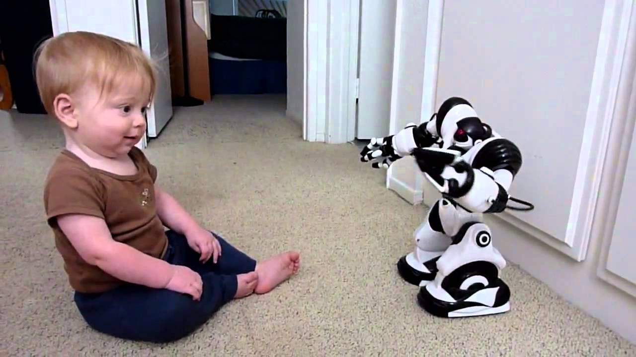 Игрушки Роботы на русском. Робот Robosapien WowWee 8081. Роботы на .