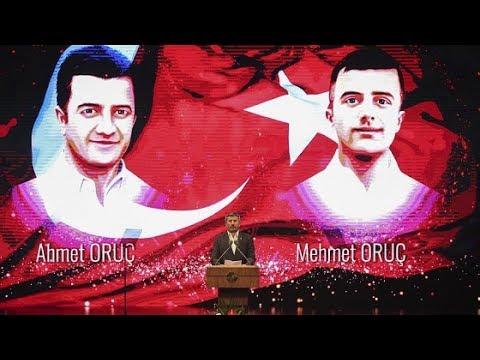 Şehit ikizlerin babası şiir okudu, Erdoğan ve salondakiler göz yaşlarına boğuldu