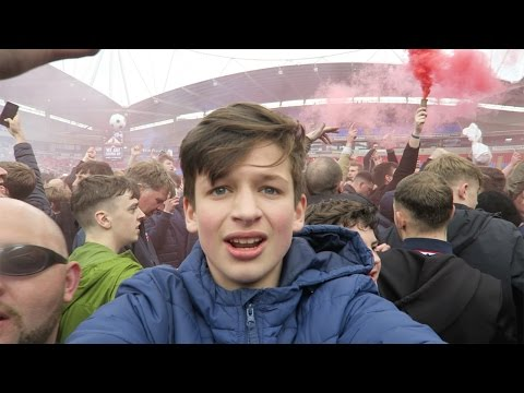 CRAZY PITCH INVASION AT THE MACRON - Bolton vs Peterborough PROMOTION VLOG